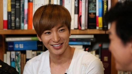 """Super Junior Lee Teuk: """"I Want to Wake Up to My Wife Kissing Me"""""""
