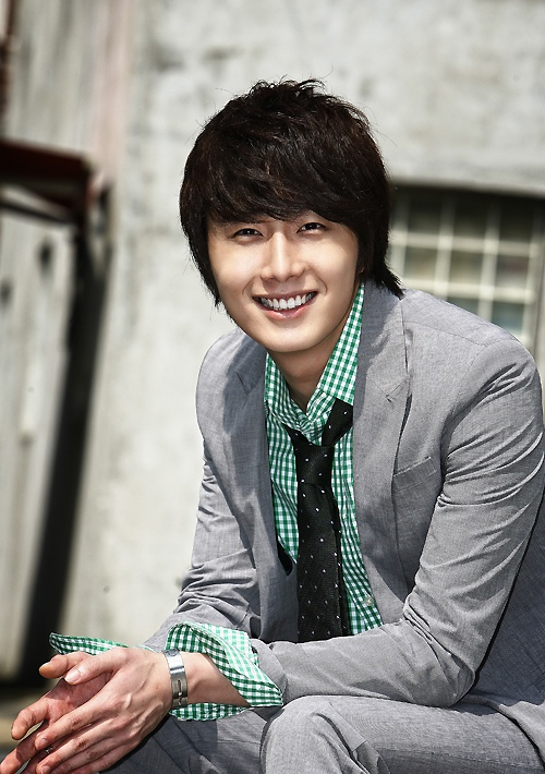 Jung Il Woo Secretly Makes Donation to Missionaries