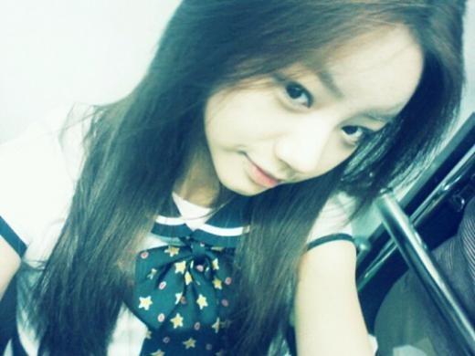 Girls Day's Hyeri Poses in a School Uniform