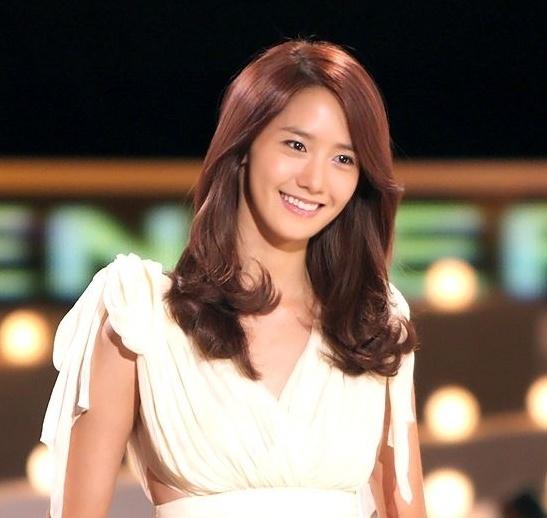 SNSD's YoonA for innisfree