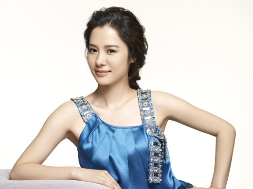 "Kim Hyun Joo to Star in New Drama, ""Twinkle Twinkle"""