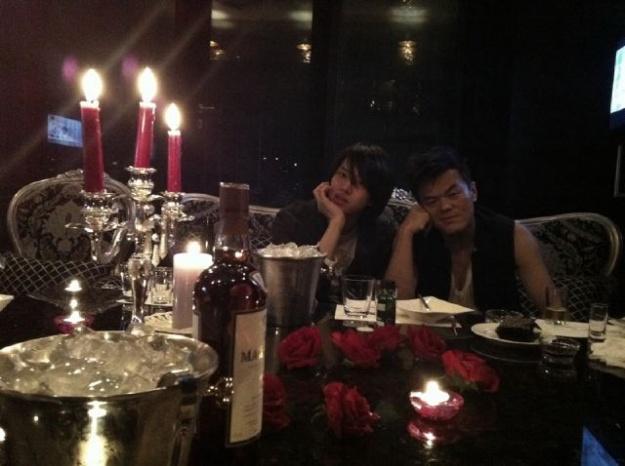 Kim Heechul Tweets that JYPE Is Still in His Heart
