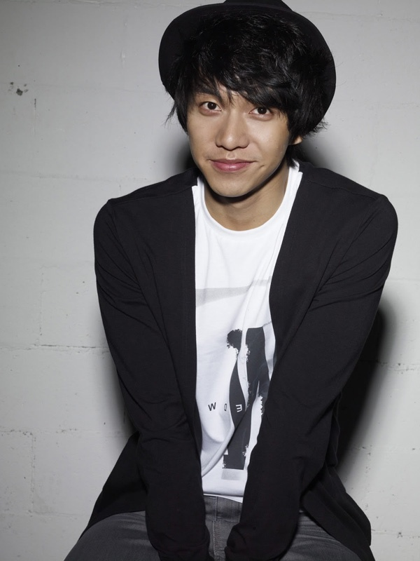 Lee Seung Gi Talks about His Music Career on MIC