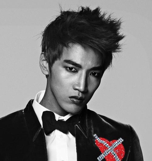 """JYPE Uploads The Behind The Scenes Video of Jun K's """"Alive"""" Photo Shoot"""