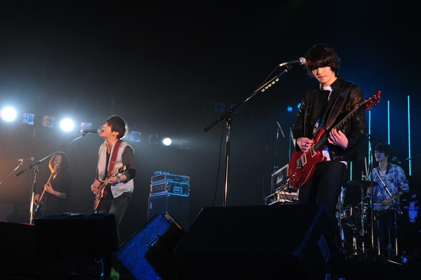 "CN Blue Is First Foreign Artist to Perform in ""Countdown Japan"""