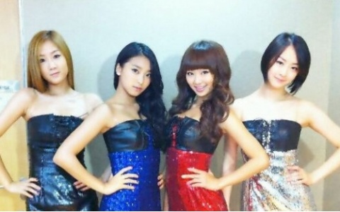 "SISTAR Explains Rumors About Being ""Bullies"""