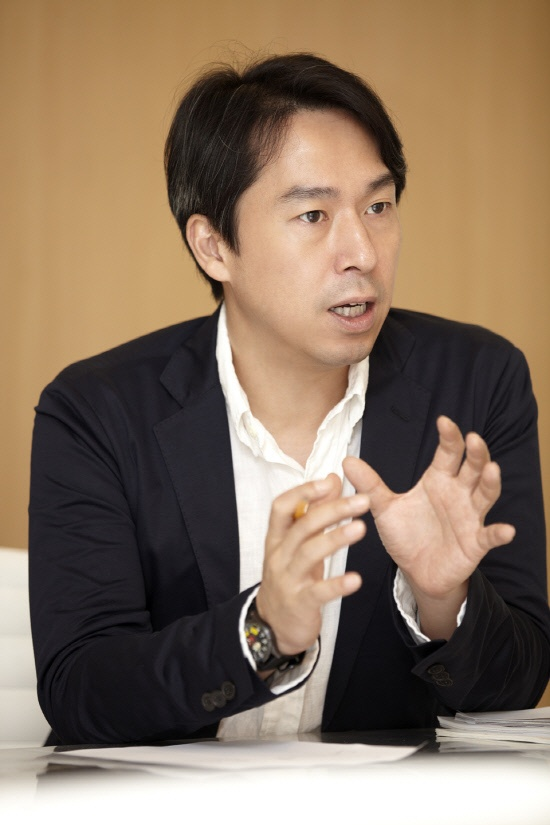 "SM Entertainment CEO Kim Young Min: ""The Future of Hallyu is Bright"""