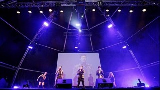 jyjs-concert-in-barcelona_image