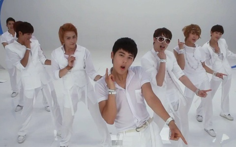 """ZE:A Releases """"Watch Out!!"""" MV"""