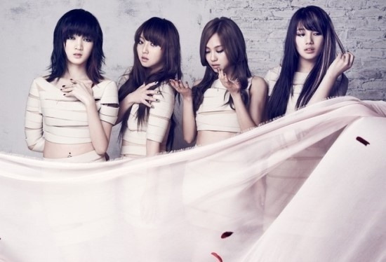 "miss A's Chinese ""Touch"" Tops Hong Kong and Taiwanese Online Charts"