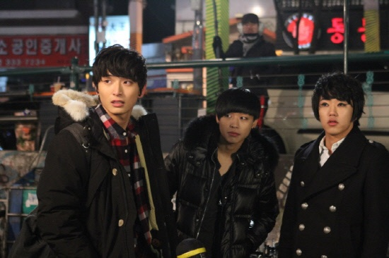 """""""Dream High 2"""" Releases Cameo Photos of """"Top Band"""" Winner TOXIC"""