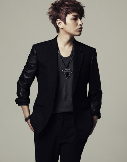 Simon D's First Solo Album to be Released on October 7