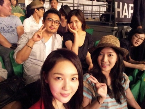 Lim Soo Hyang and Other Actresses Attend SNSD's Concert