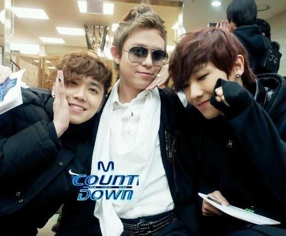 """Mnet """"M! Countdown"""" – Feb. 2, 2012"""