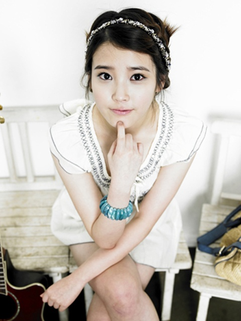 iu-to-release-second-japanese-single-this-summer_image