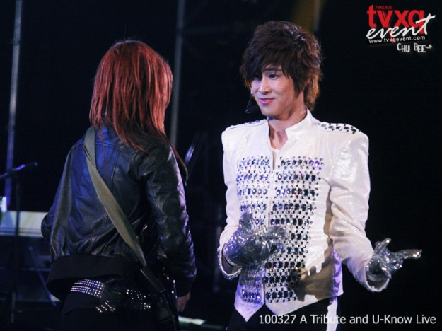 """""""This is It"""" Micheal Jackson's Tribute Concert [TVXQ] (Yunho"""