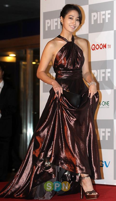 Stars at 15th Pusan International Film Festival Red Carpet