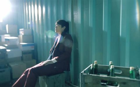 """John Park Releases MV for """"Falling"""""""