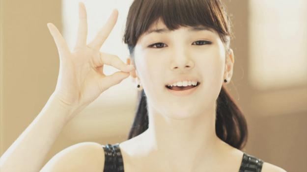 "Boom and Suzy Transform Into ""Boom-Sook and Su-Hyuk"""