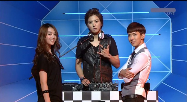 SBS Inkigayo 07.18.10 Performances