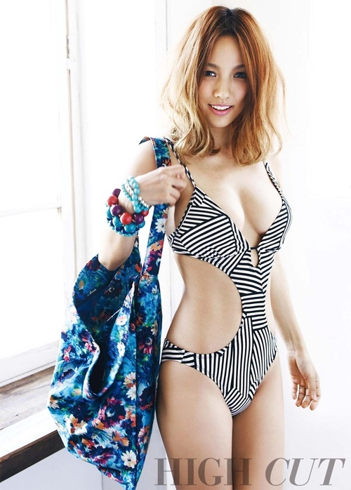 """Lee Hyori in a Sexy Swimsuit for """"High Cut"""": """"Being Sexual and Dirty Is Inside of Me"""""""