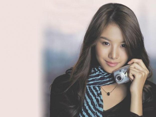 Who is Lee Hyori's Doppelganger?