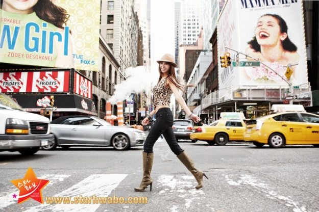 G.NA Flaunts Sexy Curves in NYC Photo Shoot