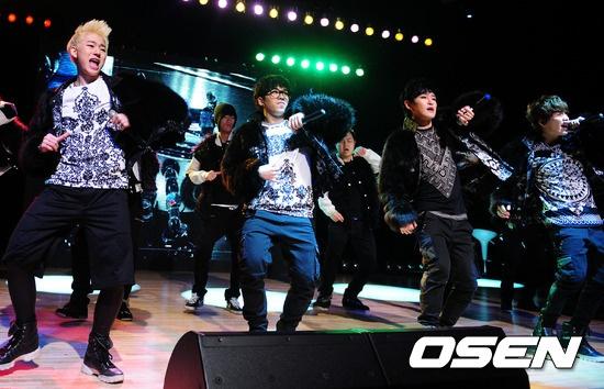 Block B's Gorilla Dance Version a Blockbuster Hit