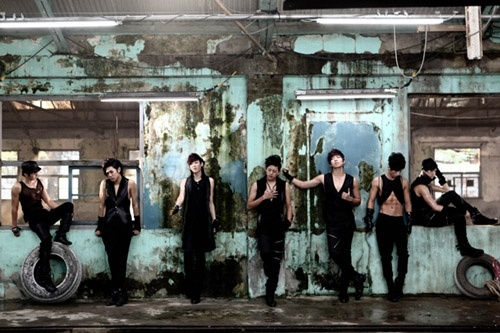 U-KISS to debut in the US this year and new album in February