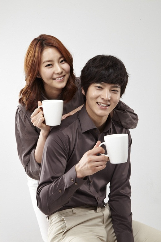 "Joo Won and After School's Uee for ""Cantata"" Coffee"