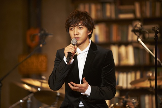 Lee Seung Gi Talks About His Upcoming Military Service