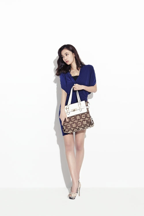 Hong Soo Hyun's Diverse Looks for Fashion Brand Bequem