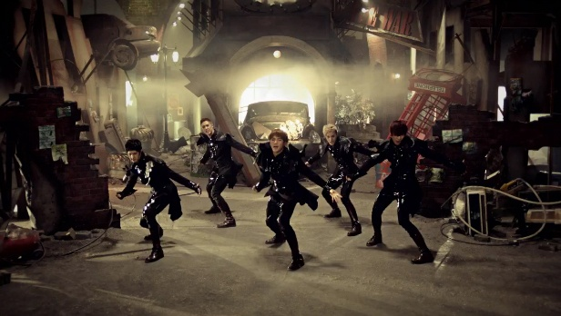 """Eat Your Kimchi Reviews MBLAQ's """"This is War"""" Music Video"""