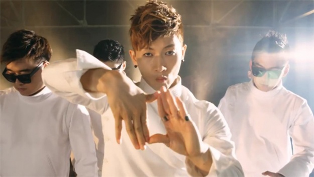 """Jang Woo Hyuk's """"Time Is [L]over"""" Dance MV Released"""