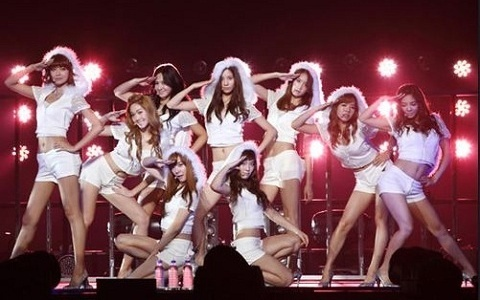 SNSD Makes History in Japan!
