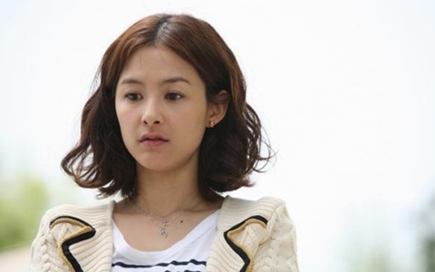 "Kang Hye Jung Dismayed Over ""Ripley"" Role"