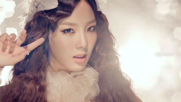 "SNSD's Taeyeon Admits, ""Infinite Is One of the Idol Groups That I Observe Closely"""