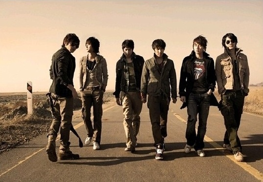 Shinhwa to Hold First Concert in 4 Years