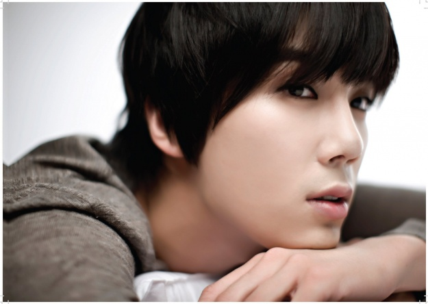 SS501's Park Jung Min Tweets His Weekend Schedule