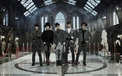 """SHINee Releases Dance Version MV for """"Sherlock"""""""