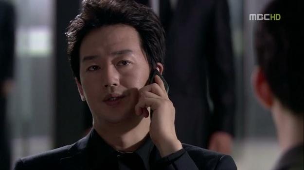 """Dream High 2"" Casts Kirin High School Principal"