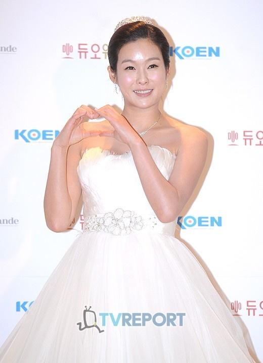 Hyun Young's 200 Million Won Wedding Ring Revealed