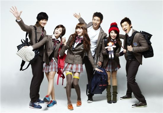 """Photos Released for Upcoming Drama """"Dream High"""""""
