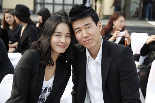 Sean and Jung Hye Young Gave Birth to Their 4th Child!
