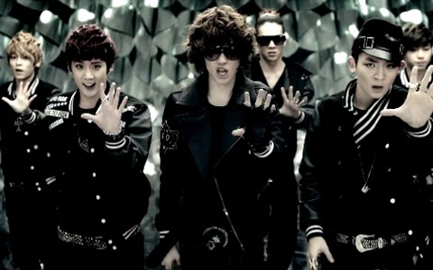 """Teen Top Unleashes Dance Version Music Video for """"Going Crazy"""""""