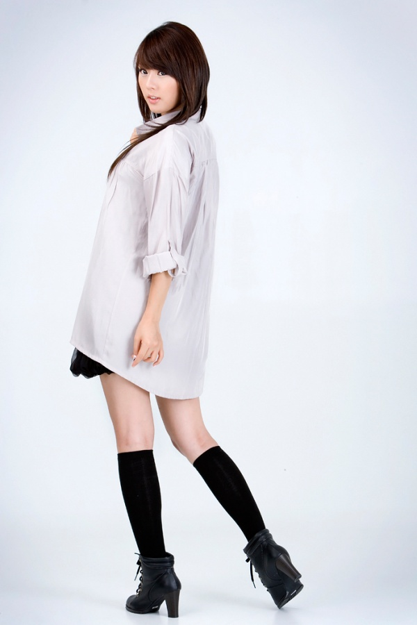 Trendy Fashion Styles (Hwang Mi Hee)