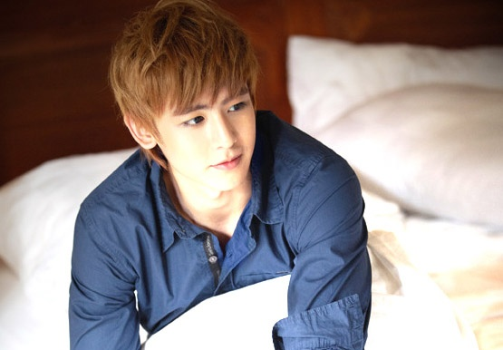 nichkhun-is-currently-filming-a-movie_image