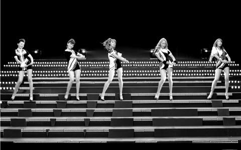 "Eat Your Kimchi Reviews Wonder Girls' ""Be My Baby"" MV"