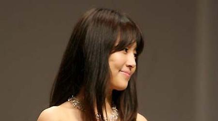 "Han Ji-hye in ""Blades of Blood"""