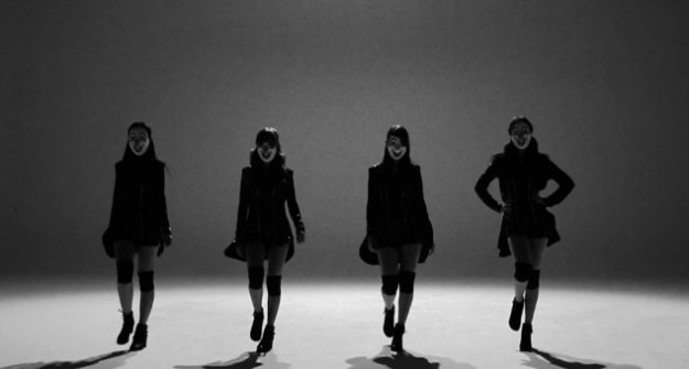 "Chocolat Reveals Full MV for ""One More Day"""